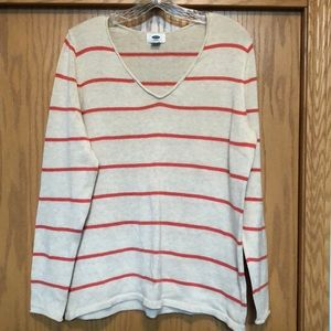 Knitted Old Navy Sweater. Worn maybe twice